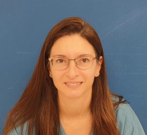 """ד""""ר איילת שלז, מומחית ברפואה דחופה ילדים במרכז הרפואי מאיר"""