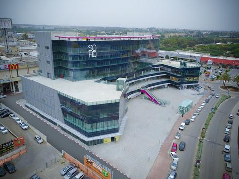מרכז העיצוב והבילוי החדש של נתניה SOHO. צילום: קובי לחמיש