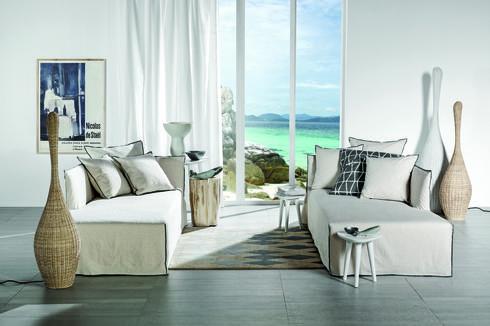 שימוש בלבן ובחומרים טבעיים ובהירים, עיצוב ים תיכוני של גרבסוני. טולמנ'ס